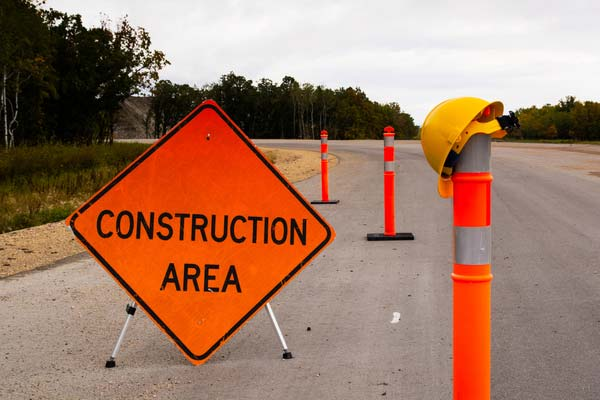 Construction area sign in highway work zone